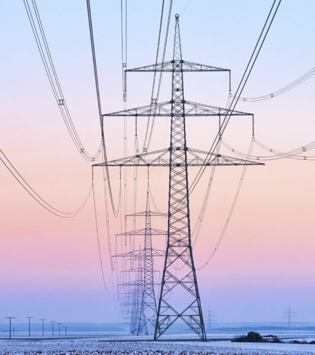 Power-Cables-iStock_000060090052_Medium-1024x682